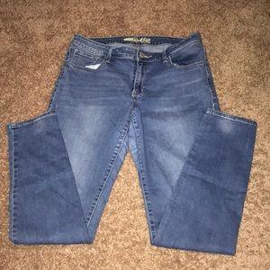 Rockstar Jeans from Old Navy. Lightwash blue color